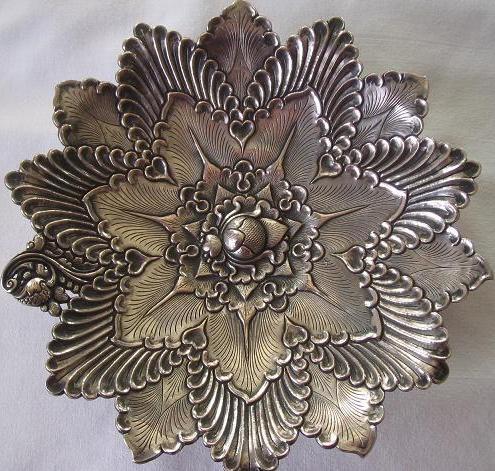 zilveren ovale schaal